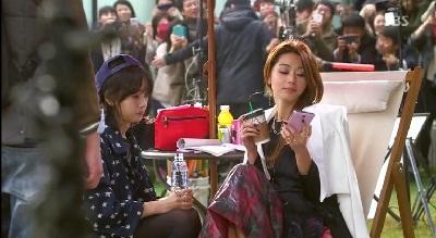 Gambar adegan Cheon Song-yi di lokasi syuting