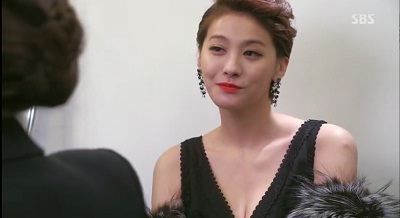 Gambar adegan Han Yoo-ra, aktris yang membenci Song-yi