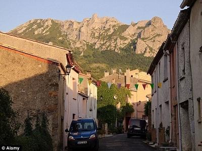 Gambar Desa Perancis
