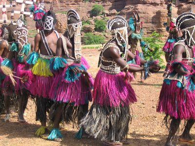 Tari Topeng Afrika