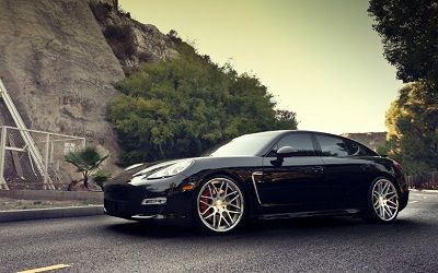 Foto mobil Porsche Panamera Turbo S