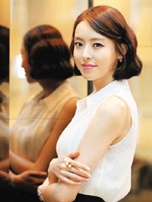 Gambar aktris Lee Da-hee