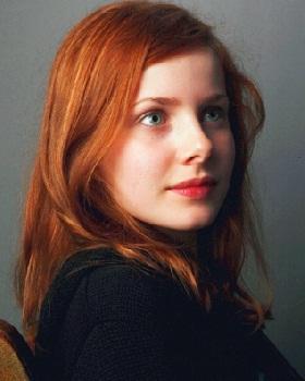 Gambar Rachel Hurd-Wood