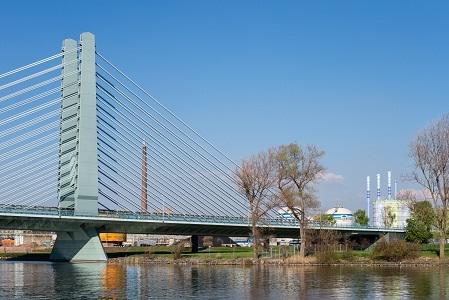 Jembatan di Frankfurt, Jerman