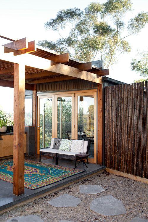 Contoh hiasan bambu untuk rumah 8