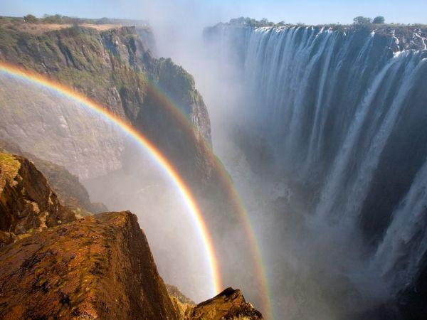 Foto Air Terjun Victoria Afrika