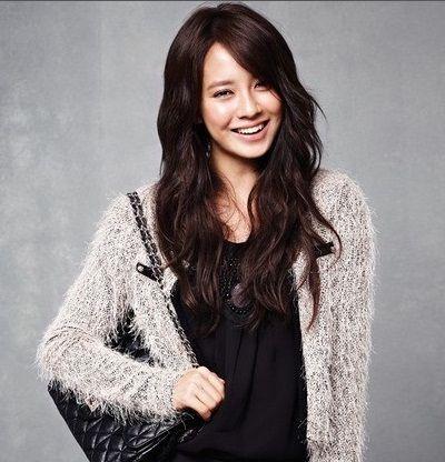 Foto aktris Korea Song Ji-hyo 16