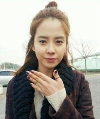 Foto aktris Korea Song Ji-hyo 20