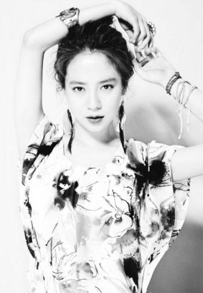 Foto aktris Korea Song Ji-hyo 22