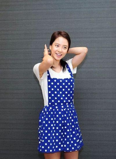Foto aktris Korea Song Ji-hyo 26