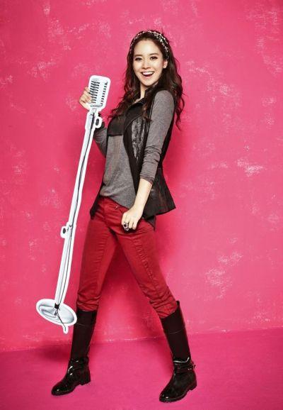 Foto aktris Korea Song Ji-hyo 28