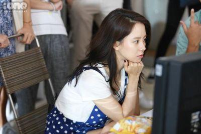 Foto aktris Korea Song Ji-hyo 29