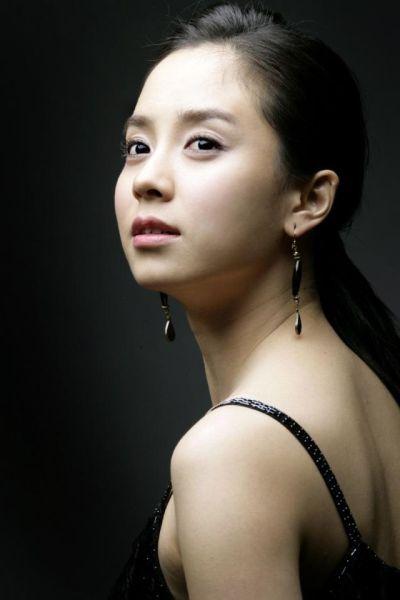 Foto aktris Korea Song Ji-hyo 9