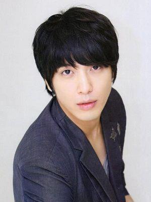 Foto Jung Yong-hwa