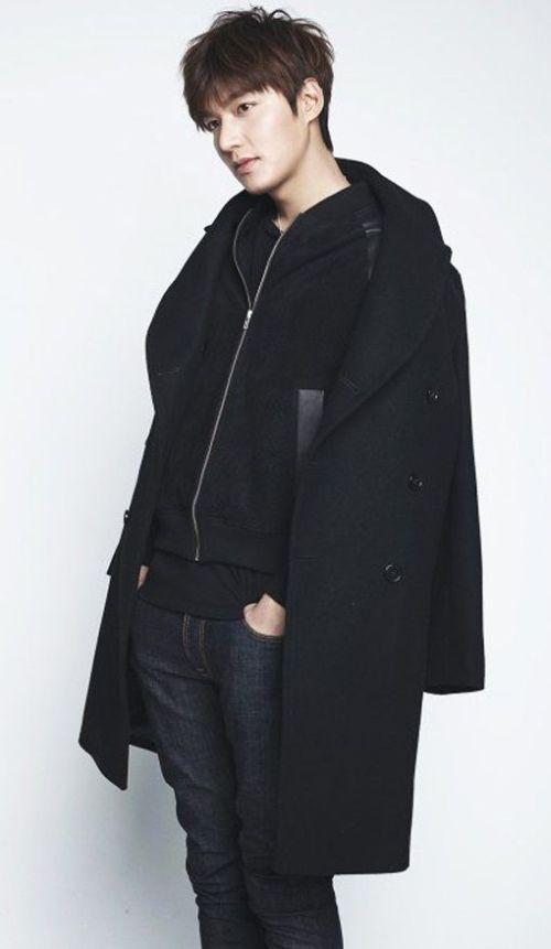 Foto Lee Min Ho dalam berbagai gaya 11