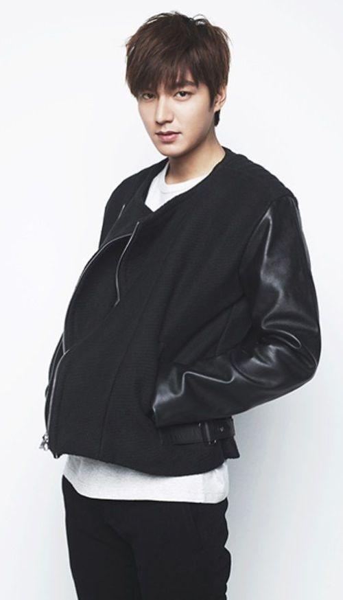 Foto Lee Min Ho dalam berbagai gaya 12