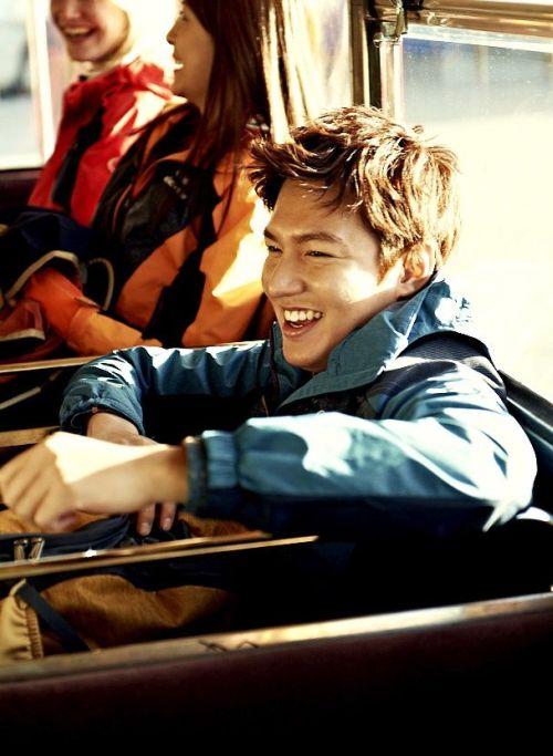 Foto Lee Min Ho dalam berbagai gaya 33