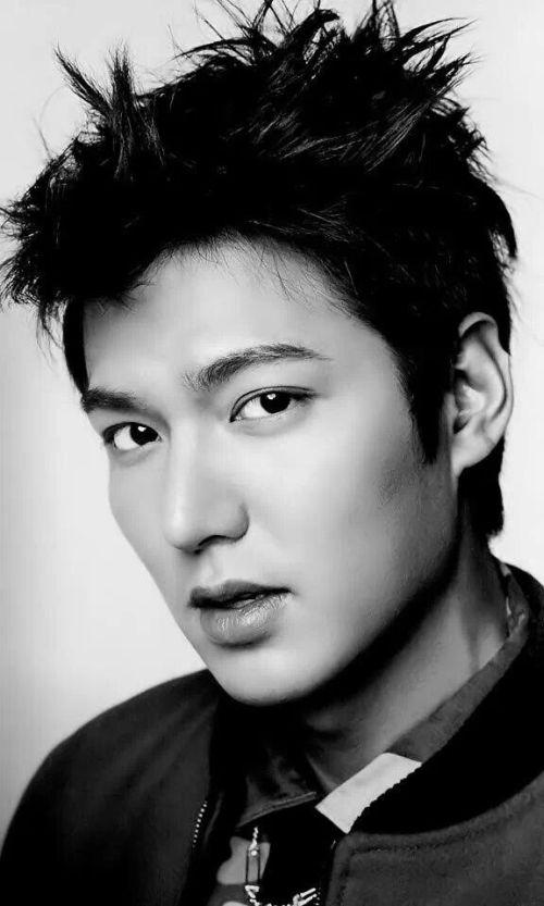 Foto Lee Min Ho dalam berbagai gaya 50