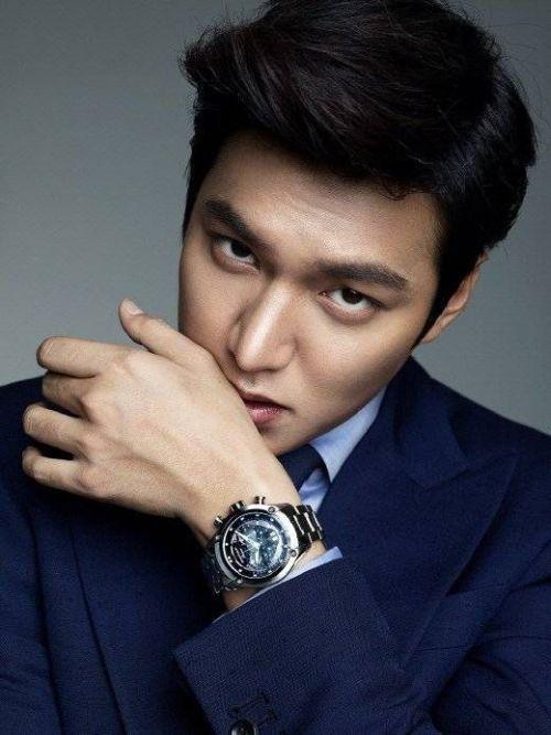 Foto Lee Min Ho dalam berbagai gaya 9