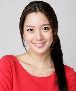 Foto Lee Sung Min (Clara)