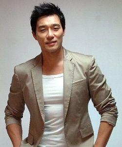 Foto Lee Tae Gon
