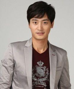 Foto Won Ki Joon