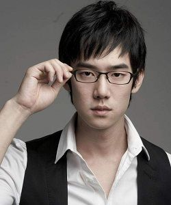 Foto Yoo Yun Suk