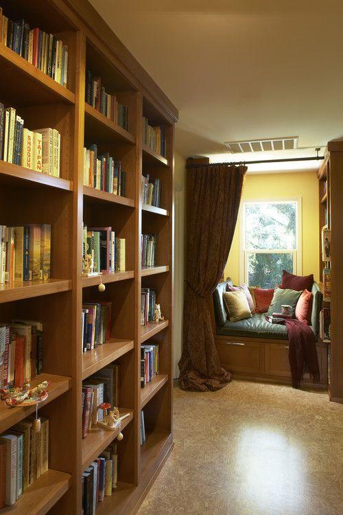 Perpustakaan kecil di sudut rumah 1