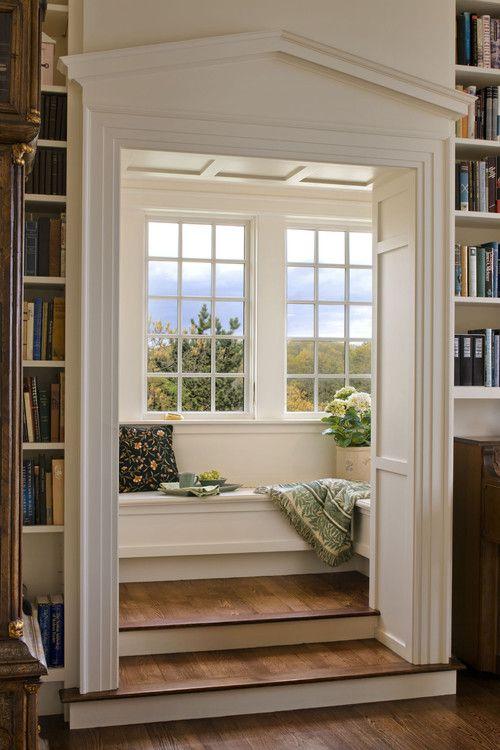 Perpustakaan kecil di sudut rumah 3