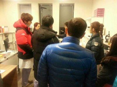 Foto-foto syuting drama Emergency Couple 16