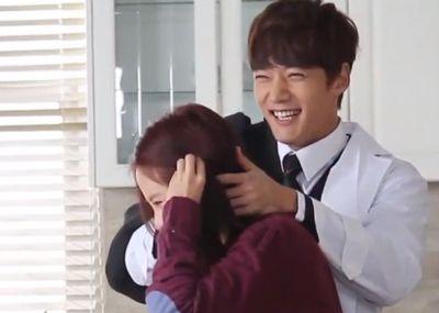 Foto-foto syuting drama Emergency Couple 28