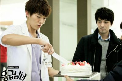Foto-foto syuting drama Emergency Couple 30