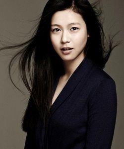 Foto Kyung Soo Jin