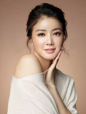 Foto Lee Si Young