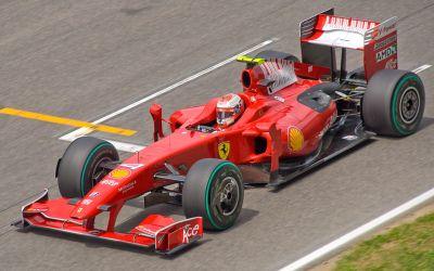 Foto Mobil Ferrari F60