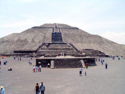 Foto Piramida Matahari