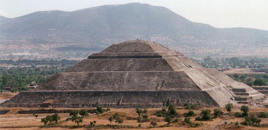 Gambar Piramida Matahari