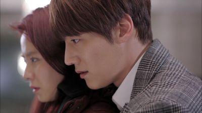 Foto Adegan Drama Emergency Couple 33