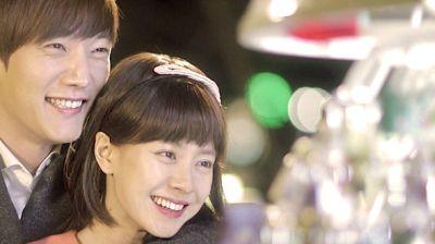Foto Adegan Drama Emergency Couple 40