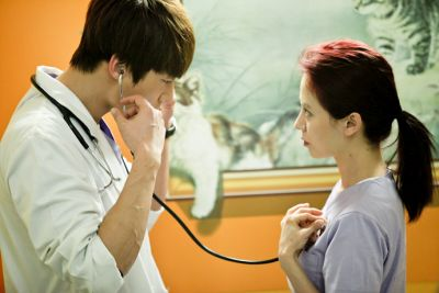 Foto Adegan Drama Emergency Couple 43