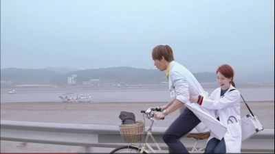 Foto Adegan Drama Emergency Couple 46