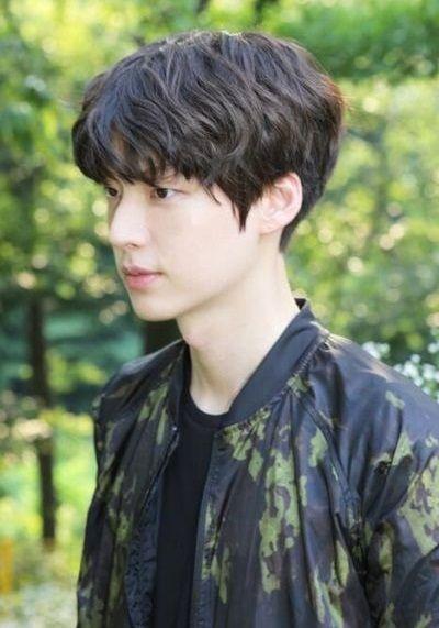 Foto Aktor Korea Ahn Jae-hyun 2