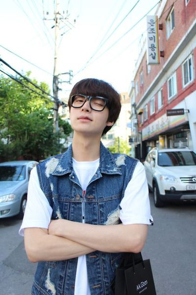 Foto Aktor Korea Ahn Jae-hyun 36
