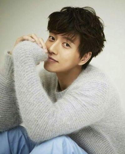 Foto Aktor Tampan Park Hae-jin 6