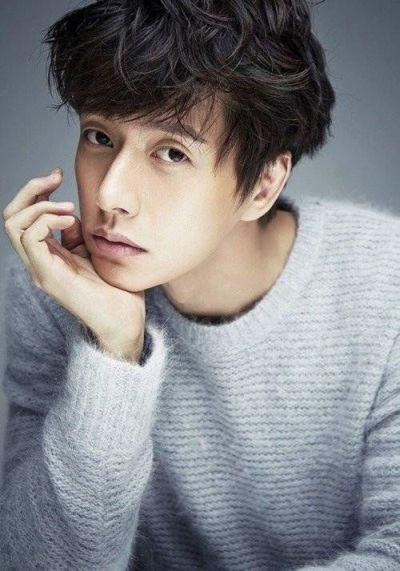 Foto Aktor Tampan Park Hae-jin 8