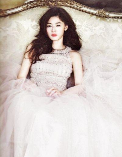 Foto Aktris Cantik Jun Ji-hyun 2