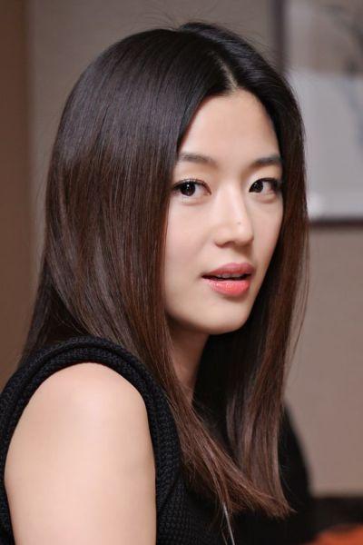 Foto Aktris Cantik Jun Ji-hyun 8