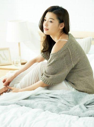 Kumpulan 100 Foto Aktris Top Korea Jun Ji-hyun – Page 9