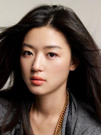 Foto Aktris Cantik Jun Ji-hyun 9