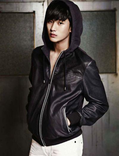 Foto keren Kim Soo-hyun 10